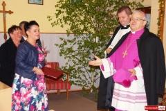 Biskup Marek Mendyk w Radomiłowicach 08