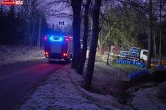 Wypadek - samochód - butle z gazem 2