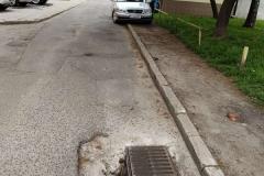 Studzienka kanalizacyjna na ulicy Marii Curie Skłodowskiej w Lwówku Śląskim - dziura2
