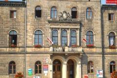 Urzad-Gminy-i-Miasta-Lwowek-Slaski-flaga-RP-1