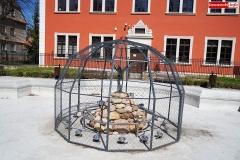 fontanna z czaplą lwówek śląski 2020 3