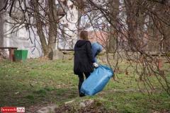 Gryfowscy urzednicy posprzątali park 4