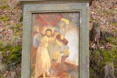 8 Kalwaria w Pławnej - Jezus bierze krzyż na Swoje ramiona