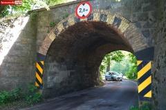 koparka-uszkodzil-wiadukt-1
