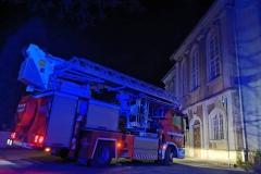 Strażacy uratowali kota uwięzionego na dachu kościoła 1