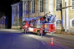 Strażacy uratowali kota uwięzionego na dachu kościoła 2
