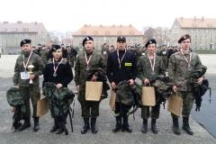 Licea o profilach mundurowych przygotują Cię do matury i do służby 13