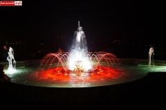 Lwówek Śląski fontanna z czaplą 1