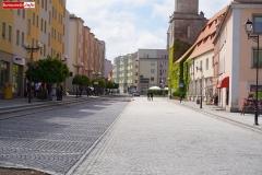 Lwóek Śląski Plac Wolności dolny rynek 11