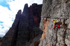 Kurs wspinaczkowy w Dolomitach. Wspinaczka na skałach Cinque Torri