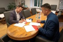Powiat podpisanie umów z PKS 1