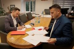 Powiat podpisanie umów z PKS 2