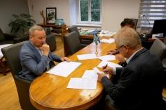 Powiat podpisanie umów z PKS 4