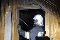 Pożar budynku w Rębiszowie01