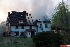 pożar domu w Kotliskach 08