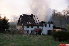 pożar domu w Kotliskach 10