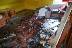 Pożar rodzinnego domu dziecka w Rębiszowie 08