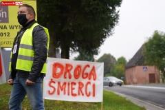 Protest na drodze krajowej w Chmieleniu 02