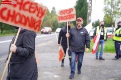 Protest na drodze krajowej w Chmieleniu 05