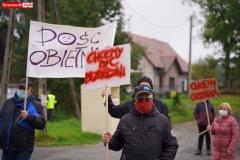 Protest na drodze krajowej w Chmieleniu 12