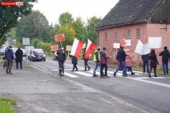 Protest na drodze krajowej w Chmieleniu 16