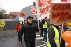 Blokada drogi krajowej - protest w Chmieleniu 11