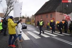 Blokada drogi krajowej - protest w Chmieleniu 18