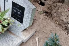 Rozkopany grób na cmentarzu w Lwówku Śląskim 01