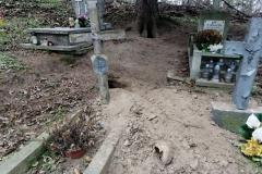 Rozkopany grób na cmentarzu w Lwówku Śląskim 02