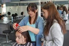 Technik fryzjerstwa w szkole w Rakowicach Wielkich 3