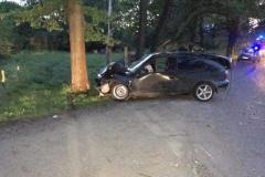 Trzy osoby ranne w wypadku w Dłużcu 4
