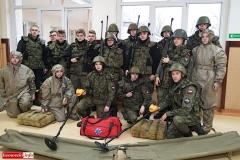 Uczniowie klas mundurowych z nowym sprzętem 3